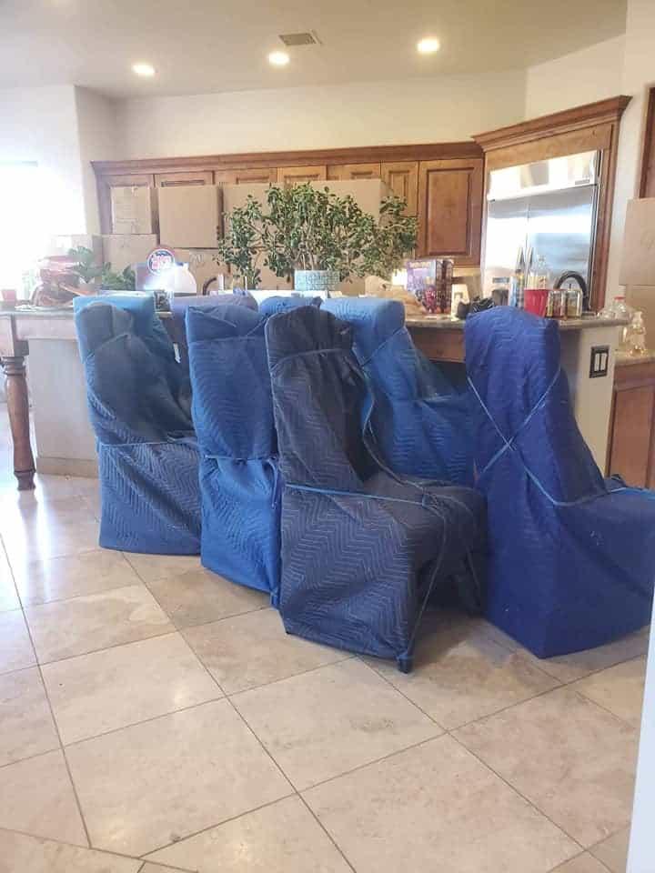 Packing furniture
